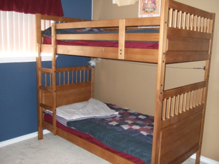 DIY, no-sew kids' bedrolls: my solution to the bunk-bed-making problem